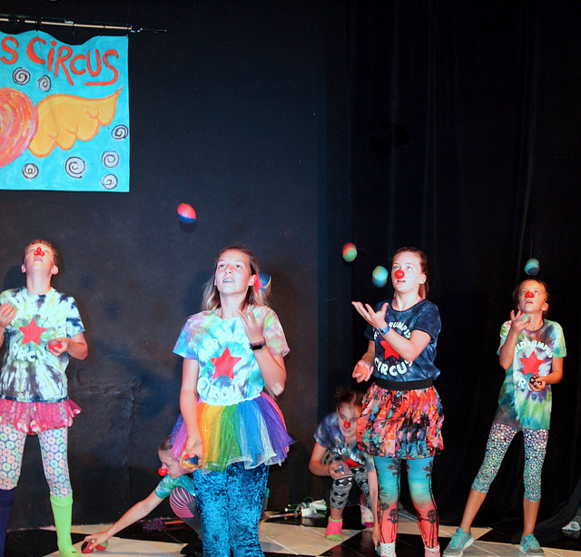Holiday Circus Sampler: Madison Circus Space Edition!